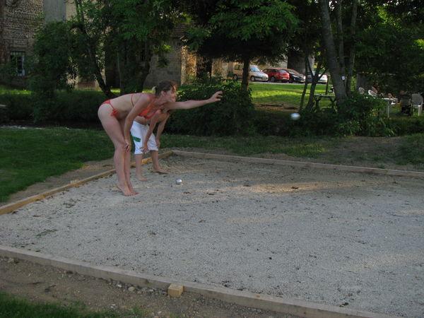 Activit s ludiques sportives le terrain de boule for Quel gravier pour terrain de petanque