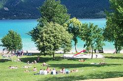 Le lac d'Aiguebelette (à 77km)